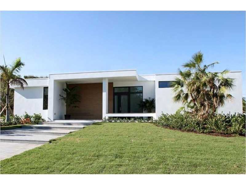 201  Santa Lucia Dr West Palm Beach, FL 33405