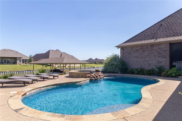1214 Sunset Bay Court Granbury, TX 76048
